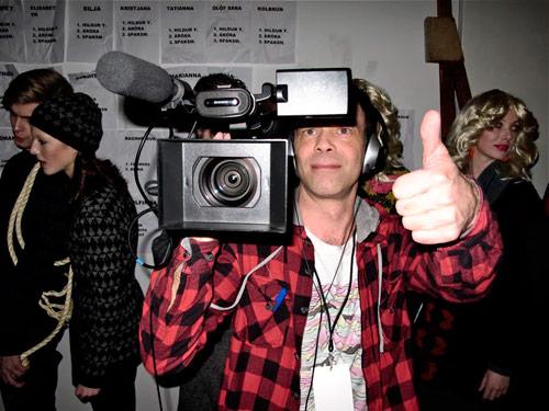 Camera-thumbs